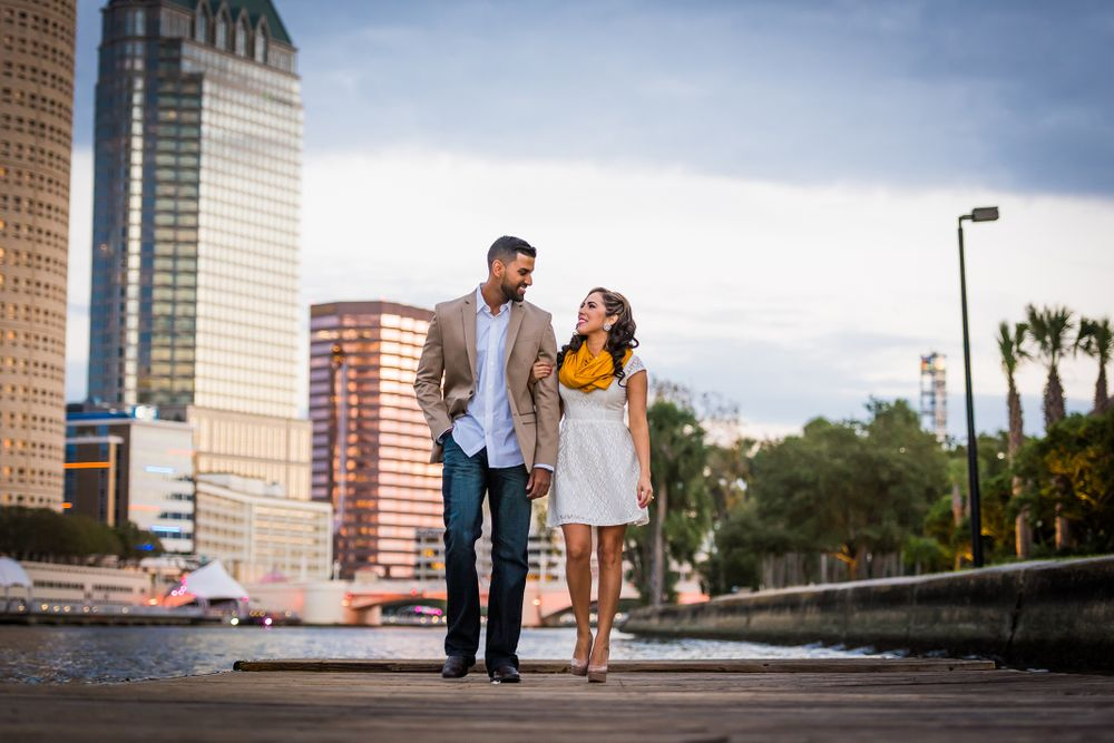 Downtown Tampa Engagement Session Photos