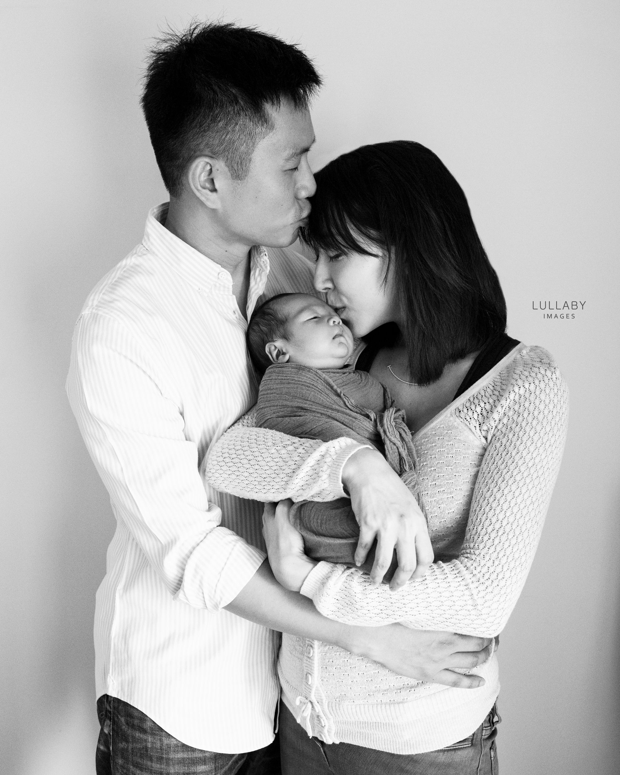 Hong Kong family newborn photographer Lullaby Images