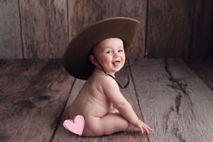 Little Brown Rabbit Photography - Baby photographer in Perth - young boy in Anzac hat