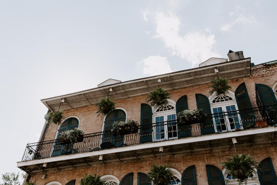 city buildings in New Orleans, New Orleans elopement