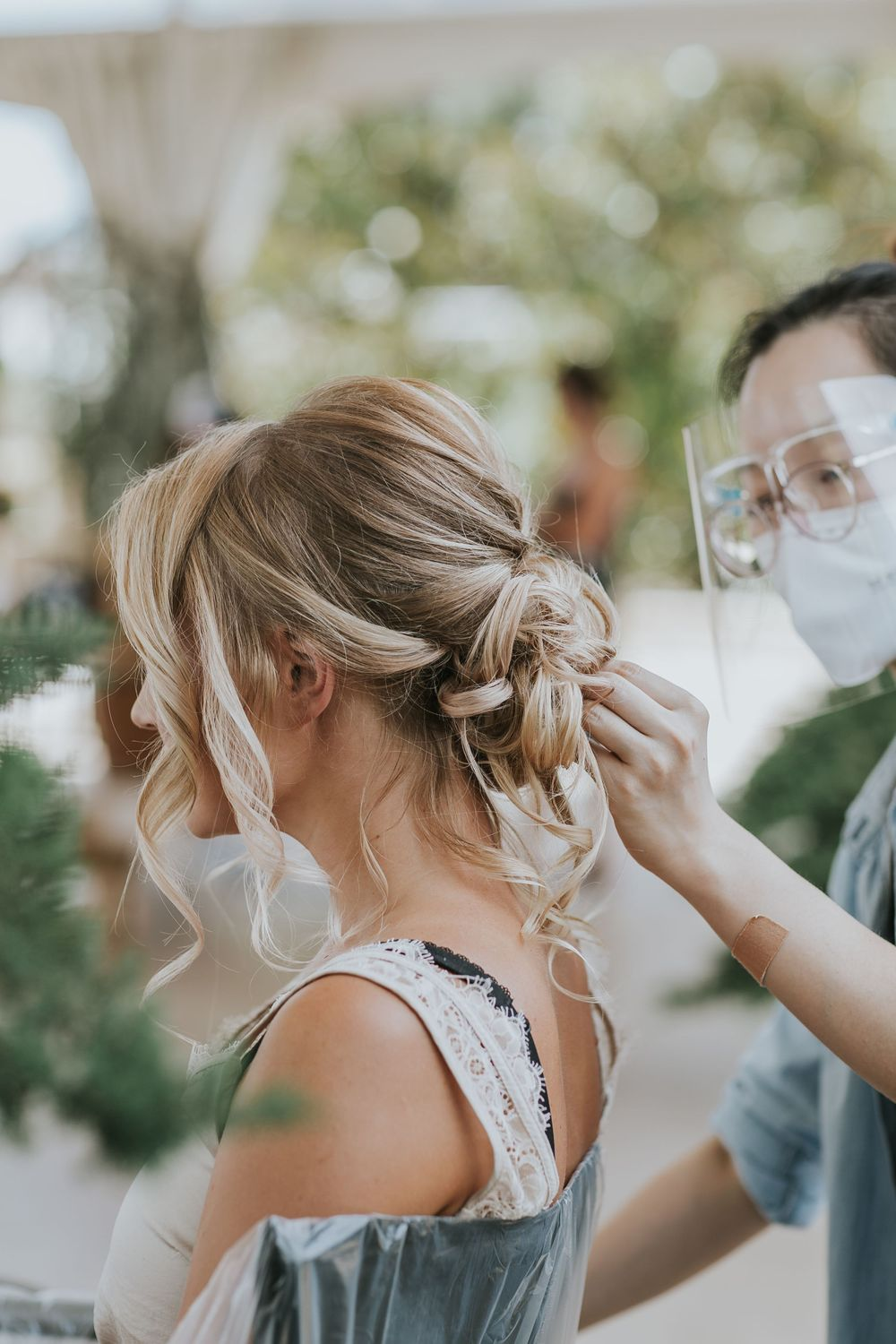 rebecca skidgel photography styled wedding shoot scribner bend sacramento mai makeup artistry hair getting ready bride