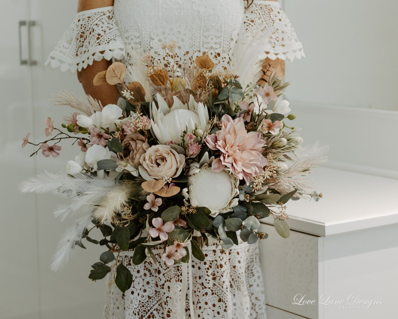 Extra Large Bouquet  - Townsville Wedding Photographer and Florist
