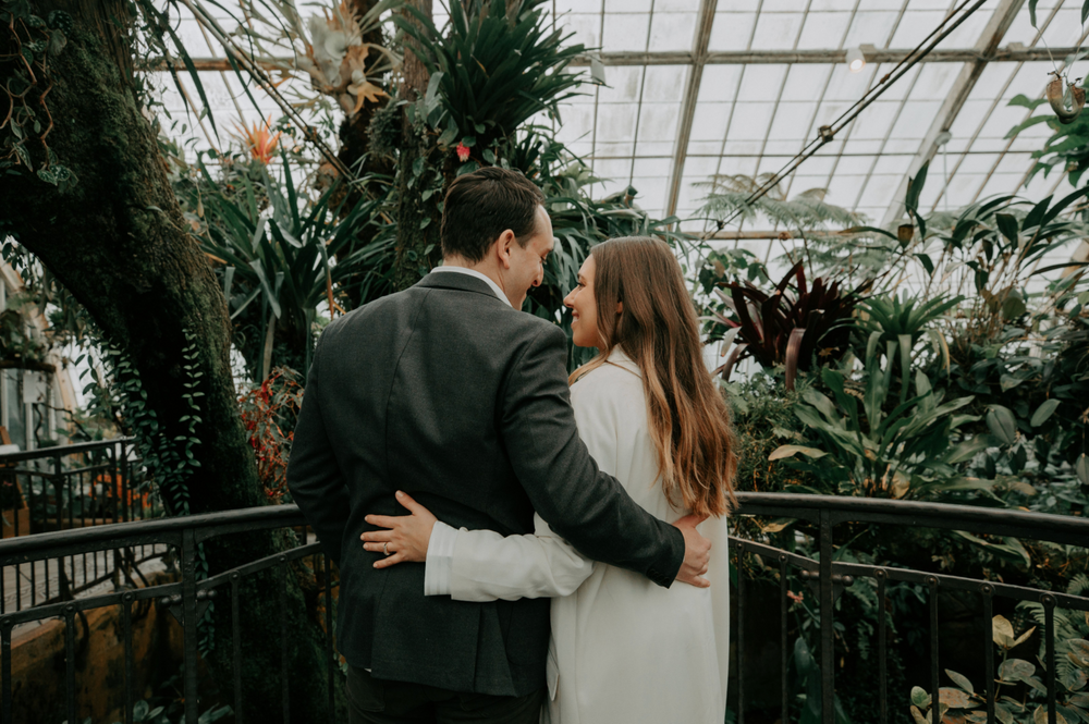 Conservatory of Flowers, San Francisco Engagement Session