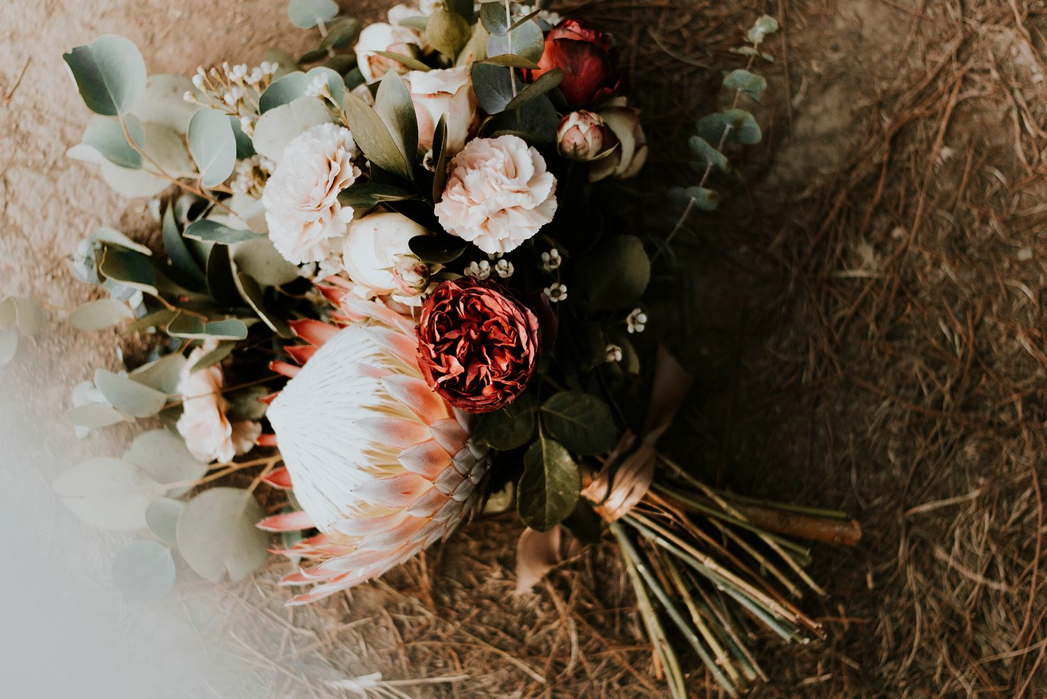 Bride Groom wedding bouquet inspiration photography photographer engagement photoshoot fotograwer videography love trou