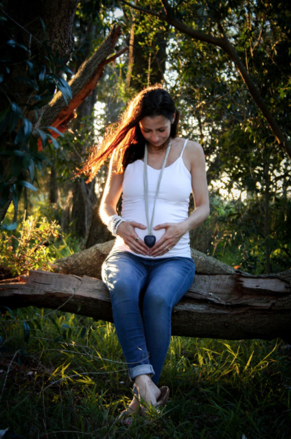 pregnant maternity photoshoot sunset forest