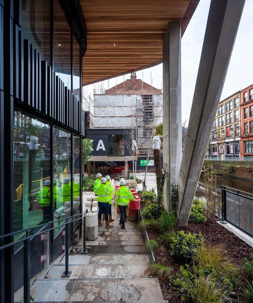 Progress inspection of Kampus Manchester by Chapman Taylor Architects