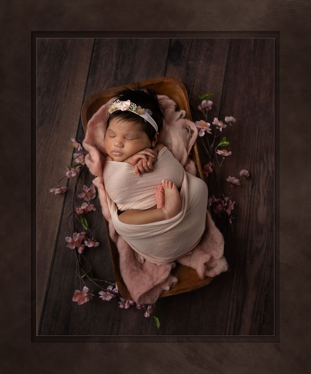Award-winning austin baby photographer Austin Newborn photography artistic peachful slumber