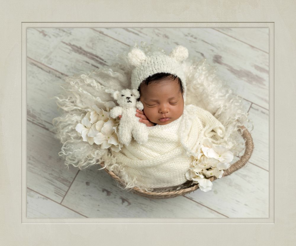 Austin Newborn Photography baby photos snow bears newborn with tiny teddy bear
