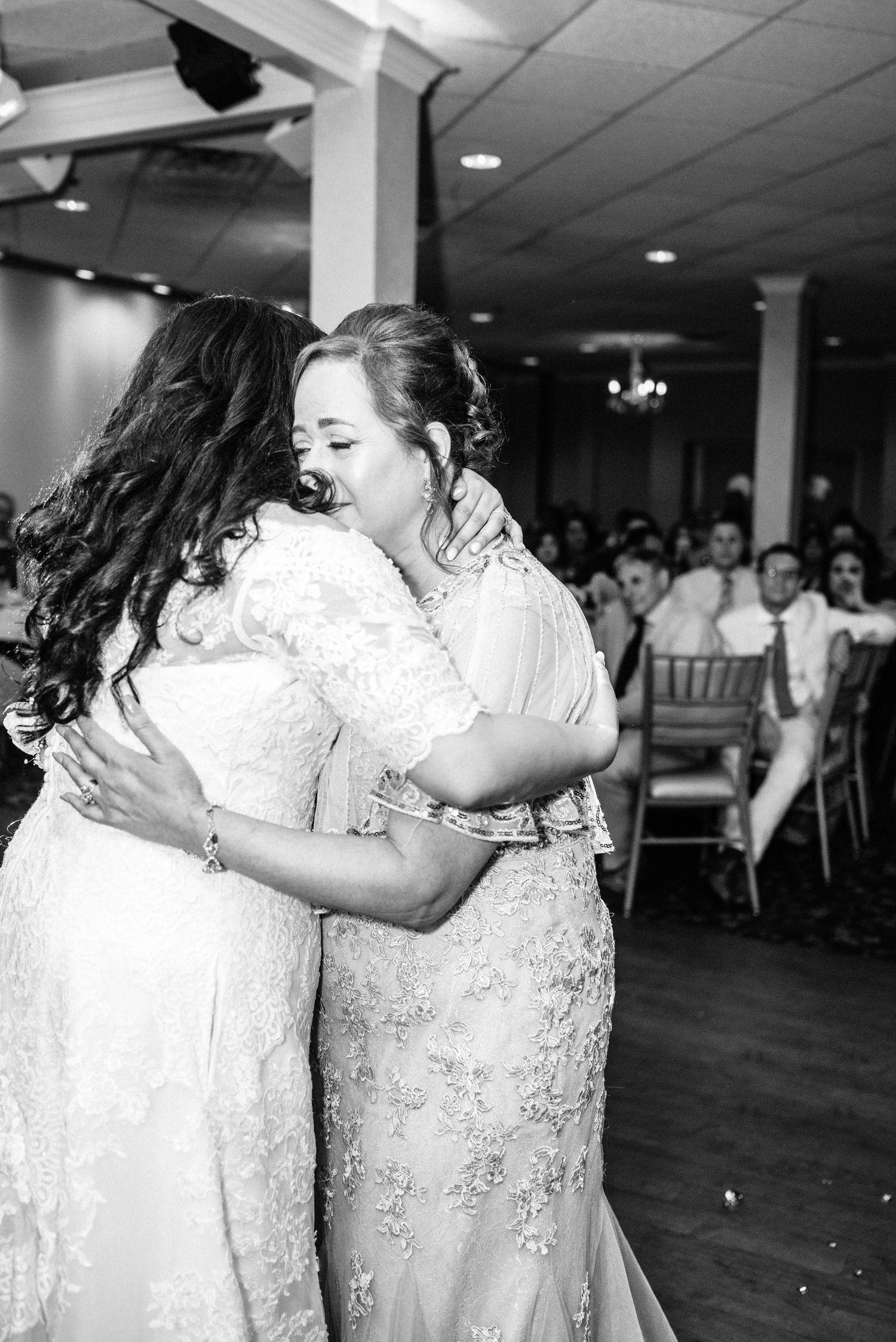bride and mother dance