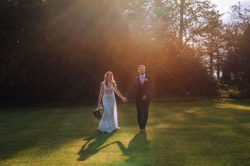Cricklade House Hotel wedding by Zara Davis Photography, Gloucestershire golden hour