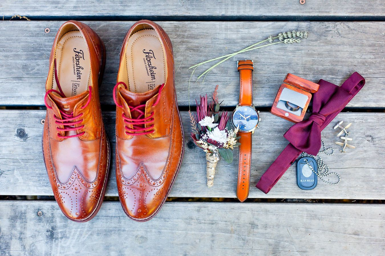 groom's wedding details for a maroon and blush fall wedding in Northern California