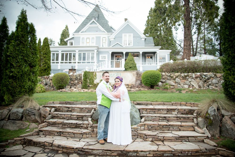 Sacramento wedding photographer - Sequoia Mansion wedding