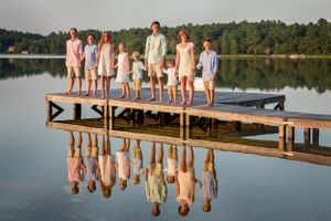 plymouth, ma child photographer | heidi harting | group portrait of children on a dock and their reflection in the water