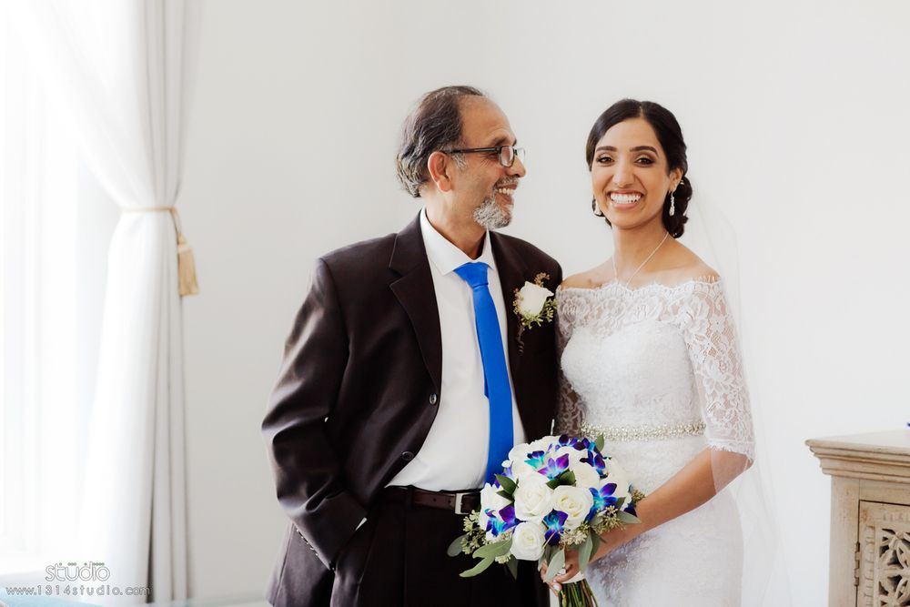 indian bride and her father in richmond tx