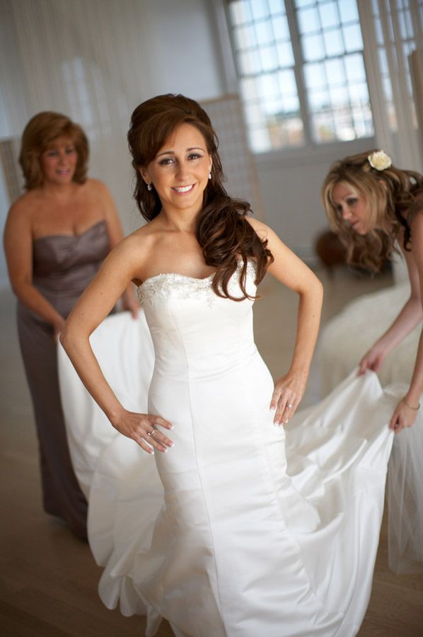 Bride getting ready on her wedding day at Belle Mer a Longwood Venue in Newport Rhode Island