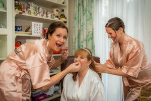 bridal preparations, Robert Nelson Wedding Photography