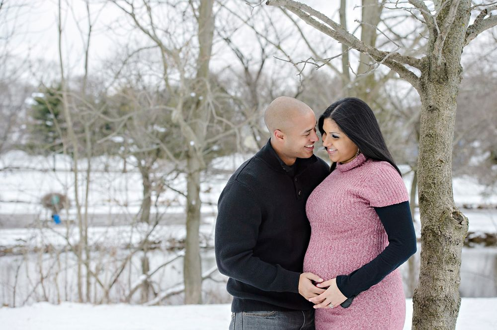 Maternity session in Canton during the winter