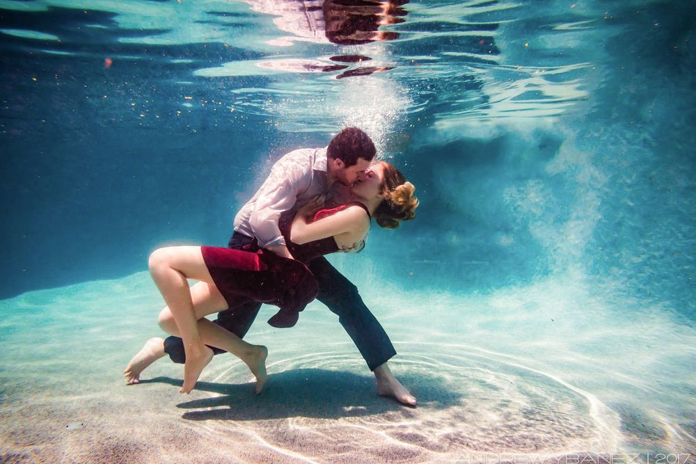 underwater engagement photos anthem arizona