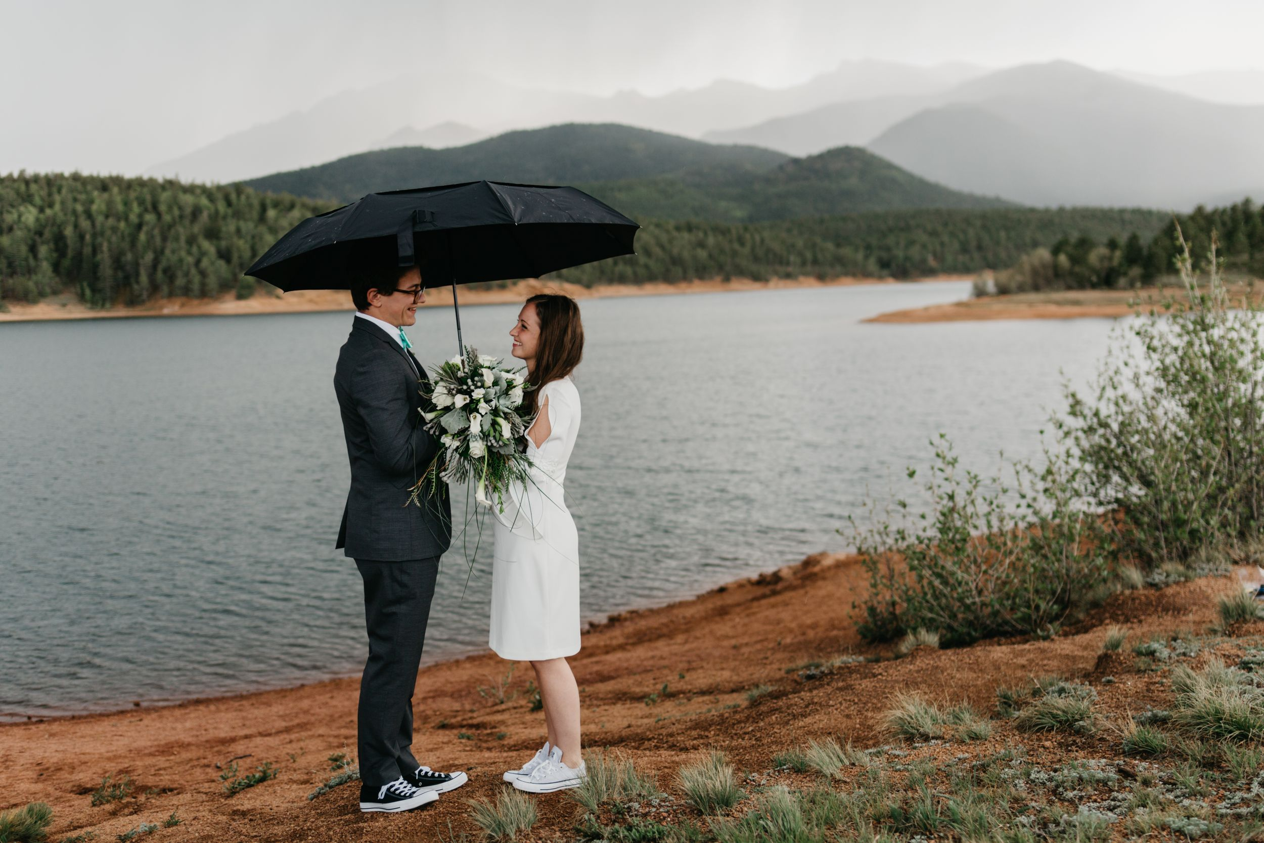 wedding, colorado, Mountain, rain, umbrella, small intimate wedding, inspiration, best of Colorado
