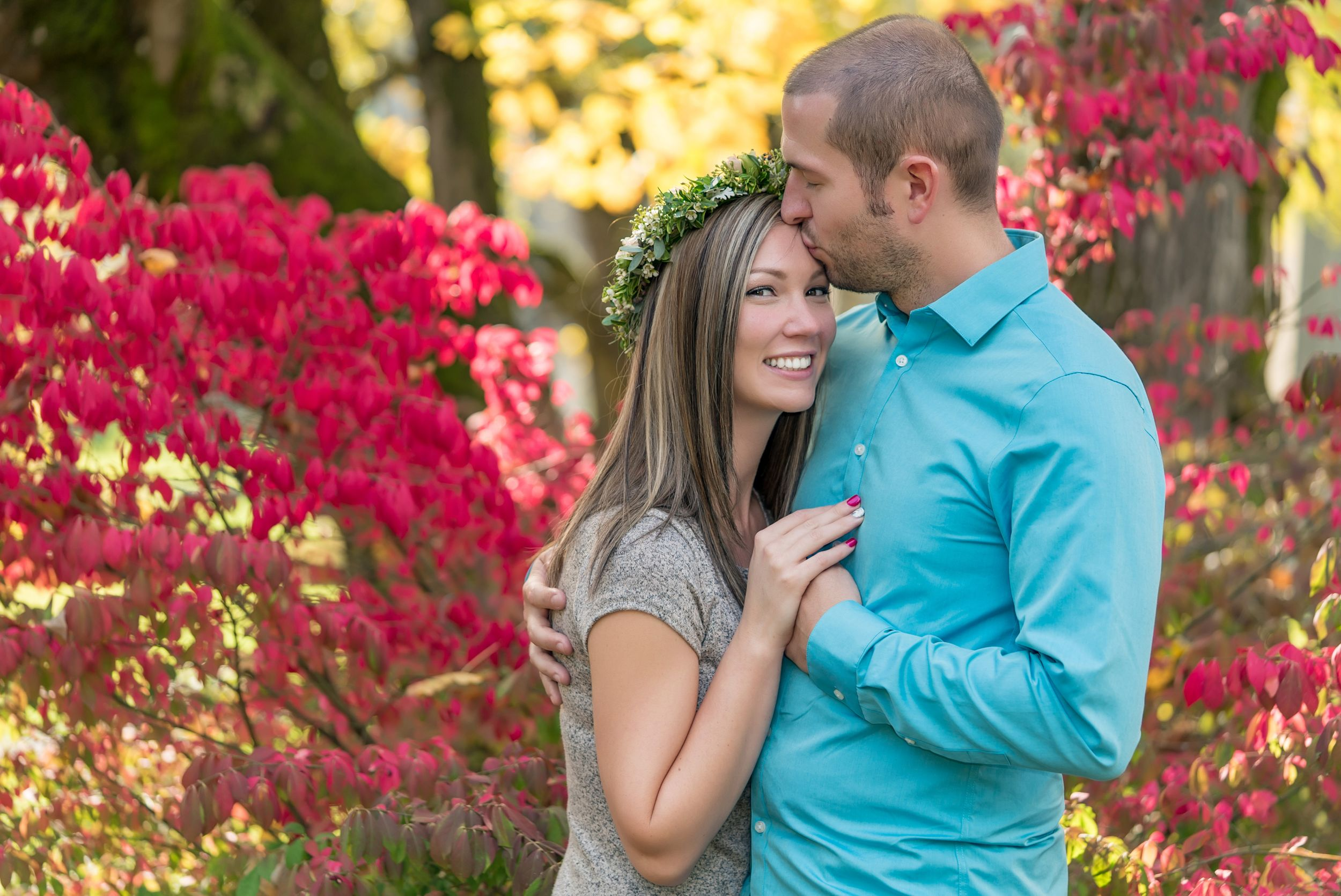 Couple's portrait in the fall - Engagement photography