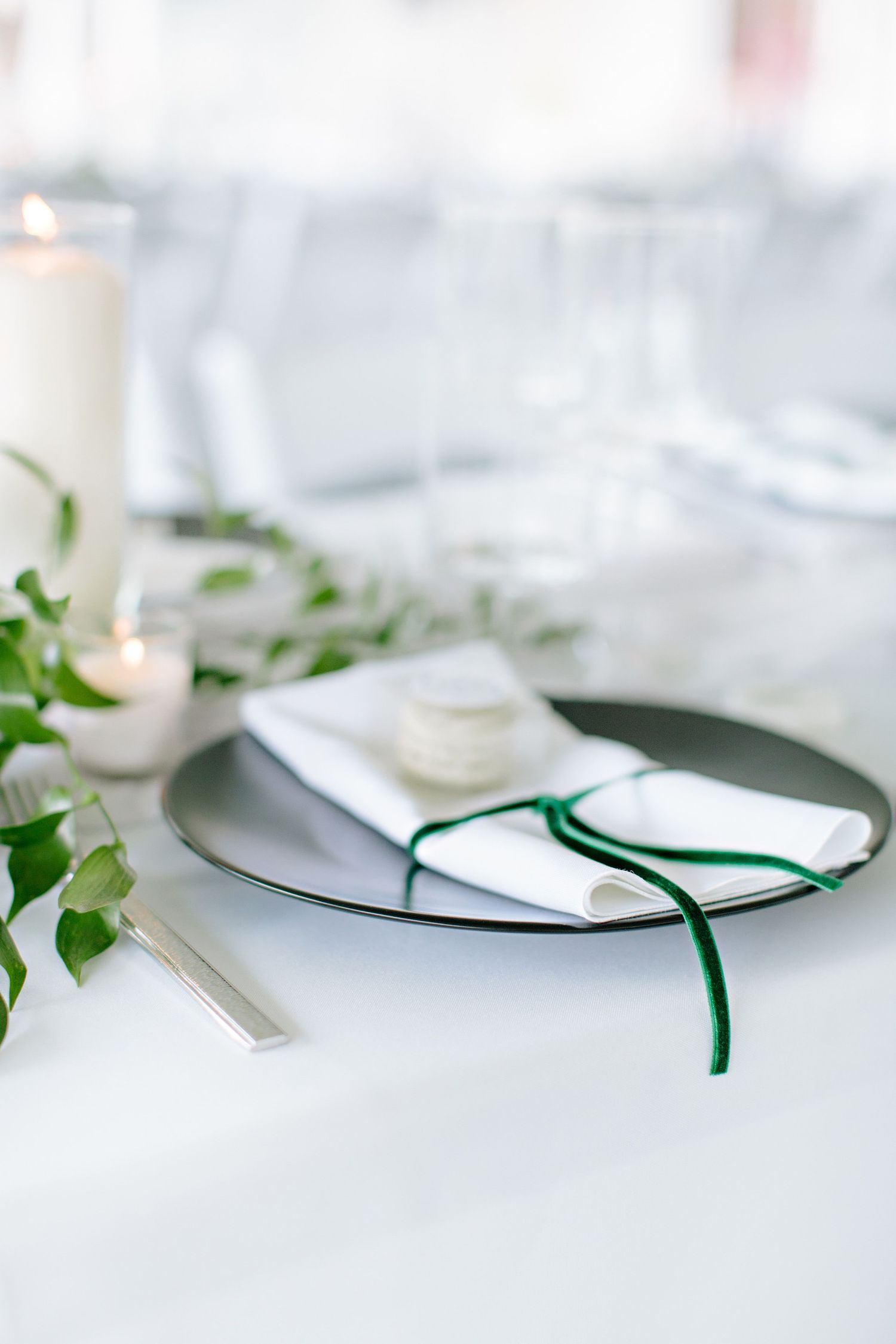 single place setting at wedding