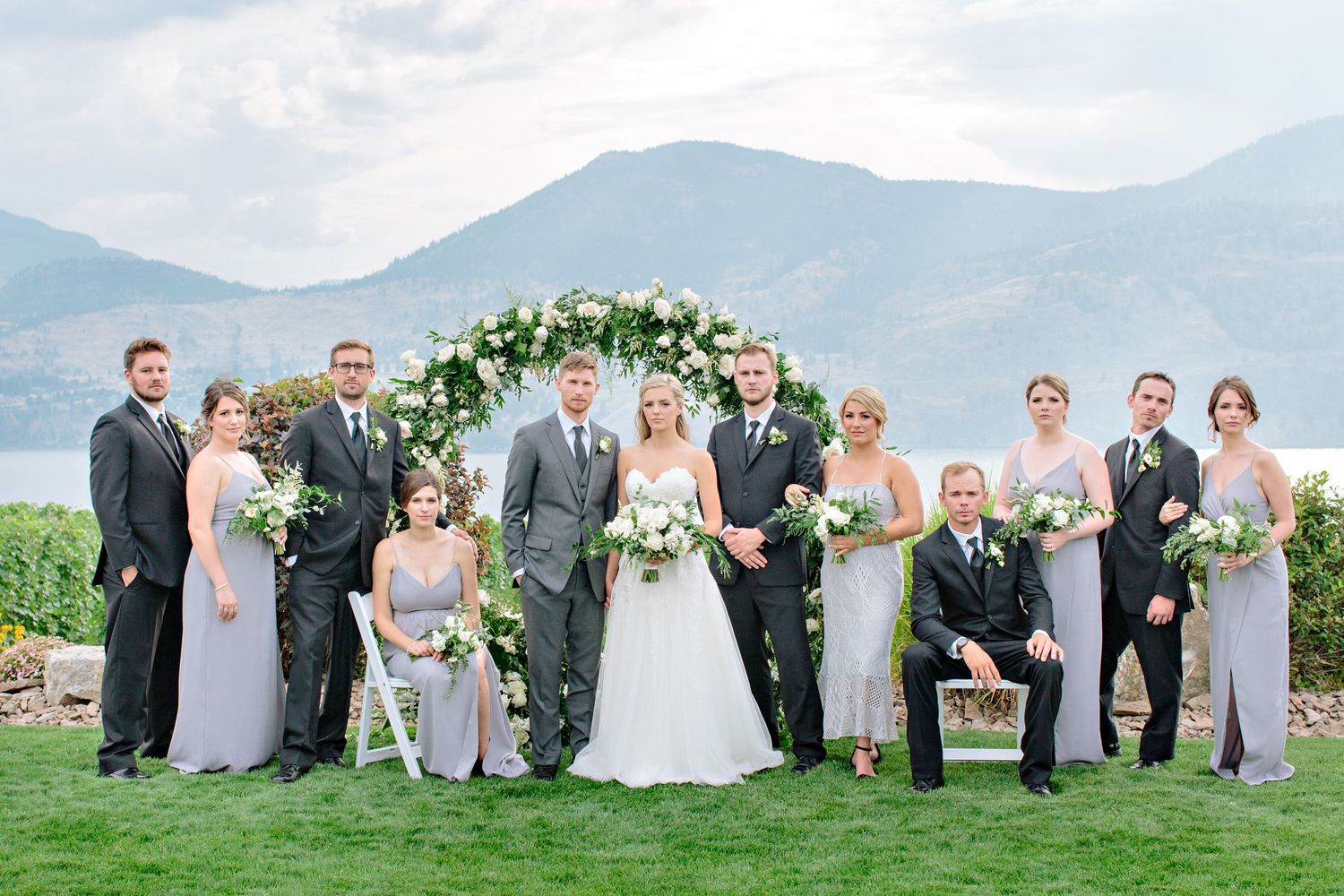 wedding party at painted rock winery