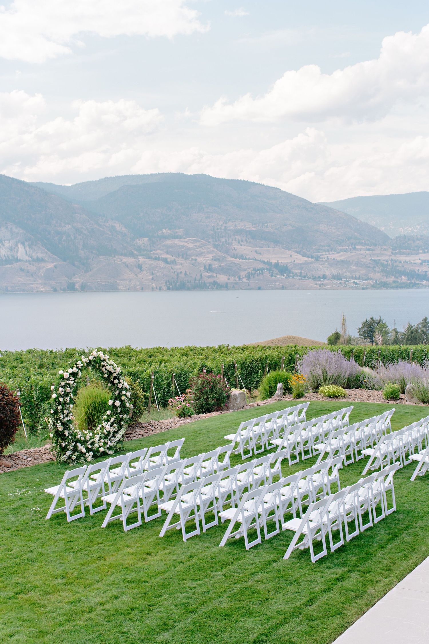 painted rock winery ceremony