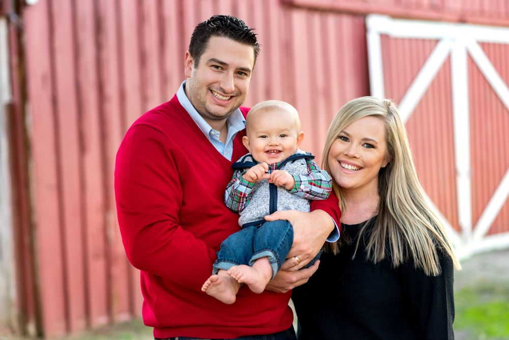 Family portaits by Alicia Wilson Photography at Samuel Farm in Mesquite, Texas