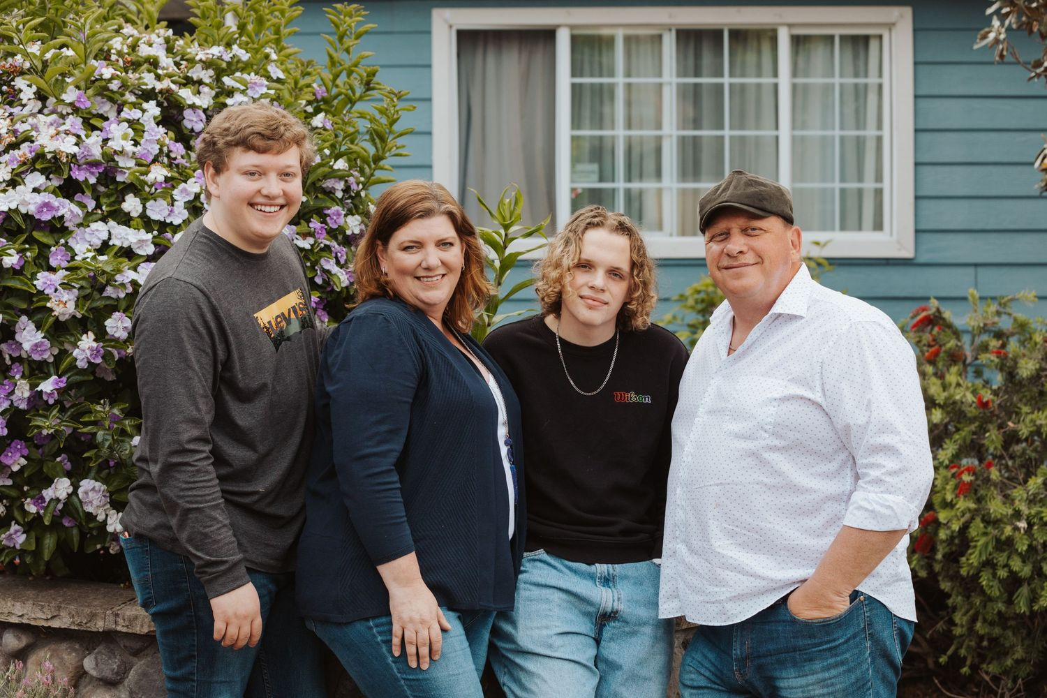family photos maternity porchtraits portraits porch photos love bay area benicia downtown photographer