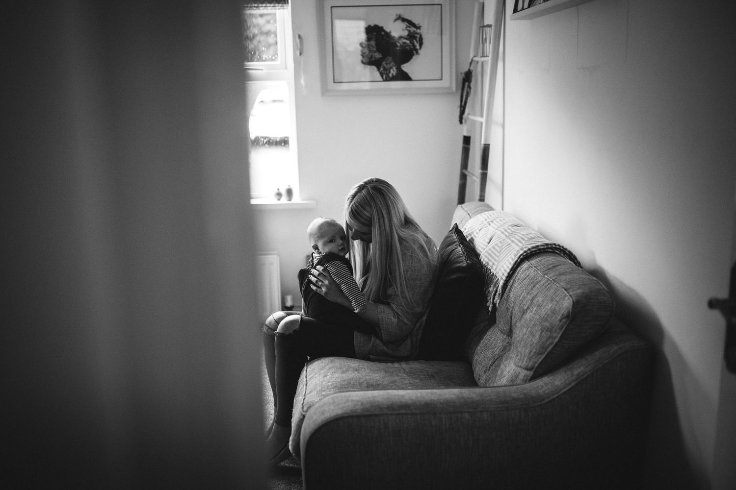 Mothering Sessions by Kellie Scott Photography. Motherhood photography. Mummy and Me Photos. Natural family photos.