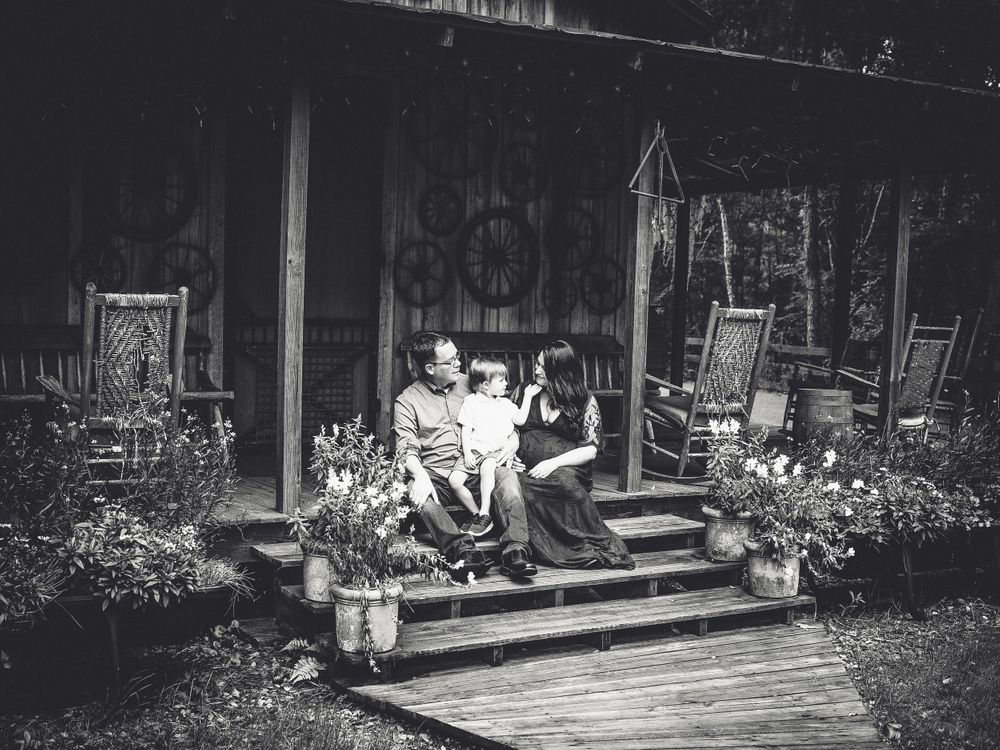 black and white family maternity cabin jacksonville tuckers farm