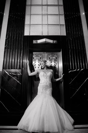 Dallas Bridal Photographer | Bridal portrait at The Carlisle Room in downtown Dallas TX by Monica Salazar Photography