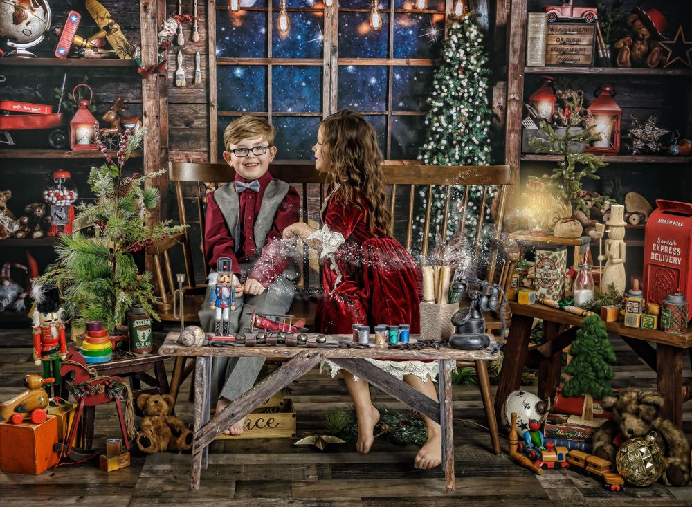 austin newborn photograpy 2020 Magic of the Holidays Limited edition Santa's Magical Workshop