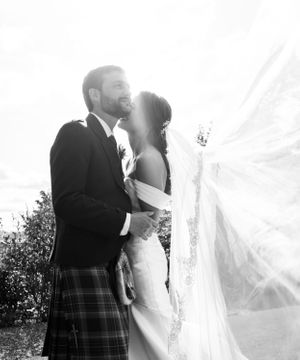 Invercarse Hotel Dundee wedding photography Scotland relaxed