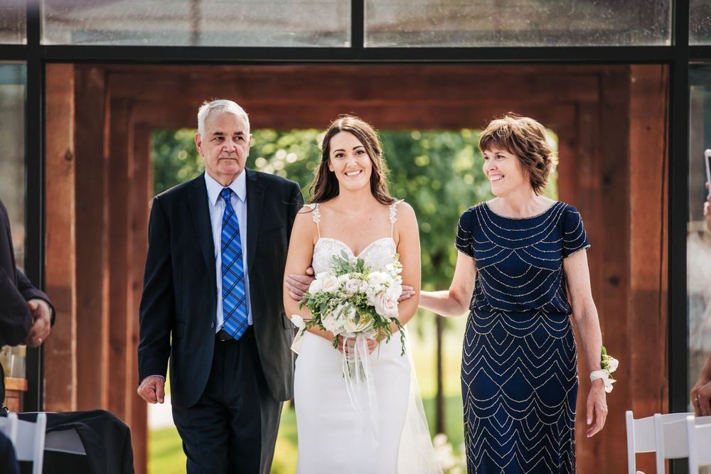 Whistle Bear Golf Club Cambridge Garden Chapel Wedding Photos