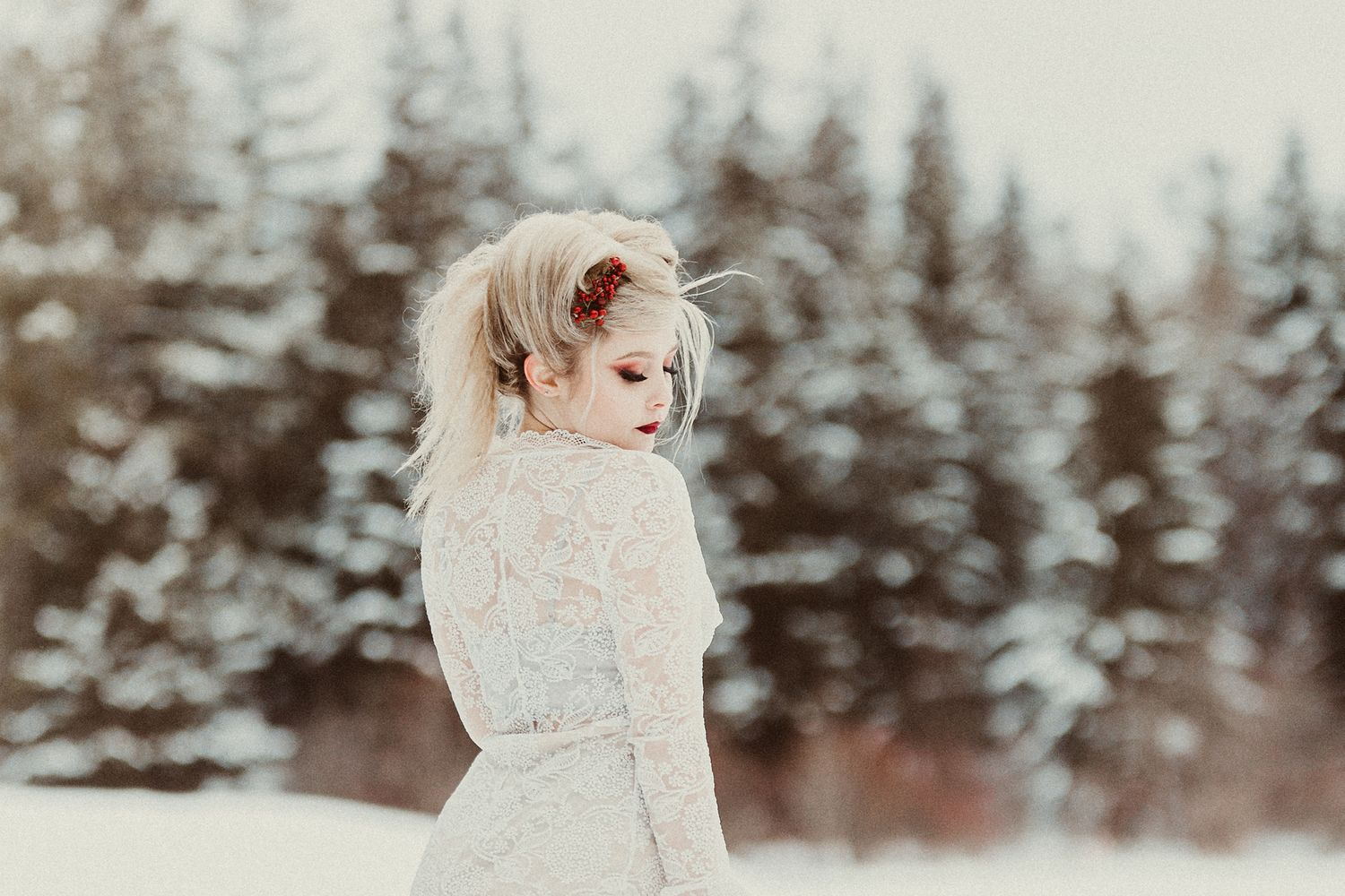 Kawartha Lakes Styled Shoot Model Winter Theme
