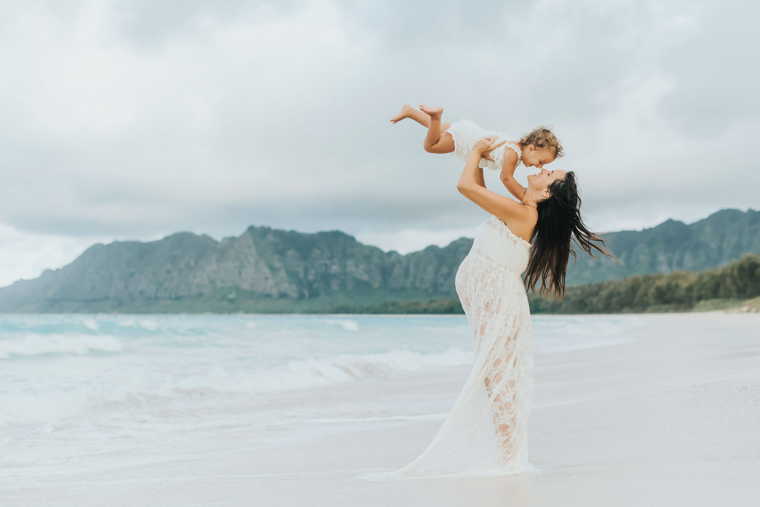 Oahu Hawaii Maternity Photographer - Honolulu Maternity Photographer - Hawaii Beach Maternity-5