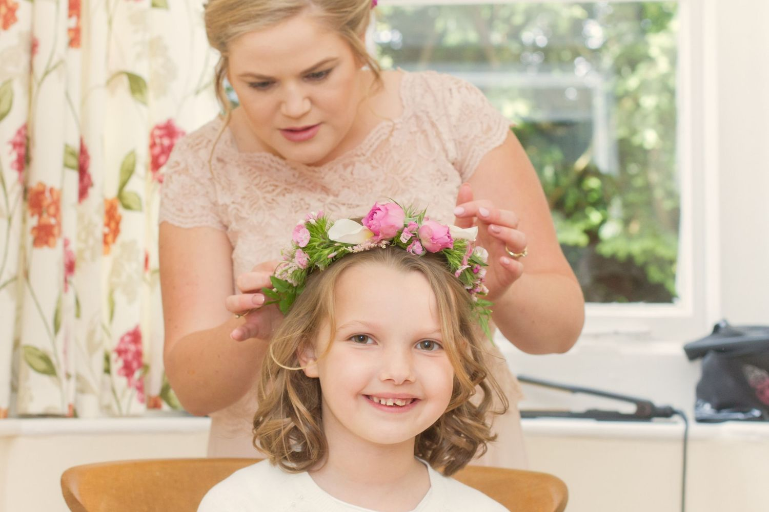 Flowergirl getting ready