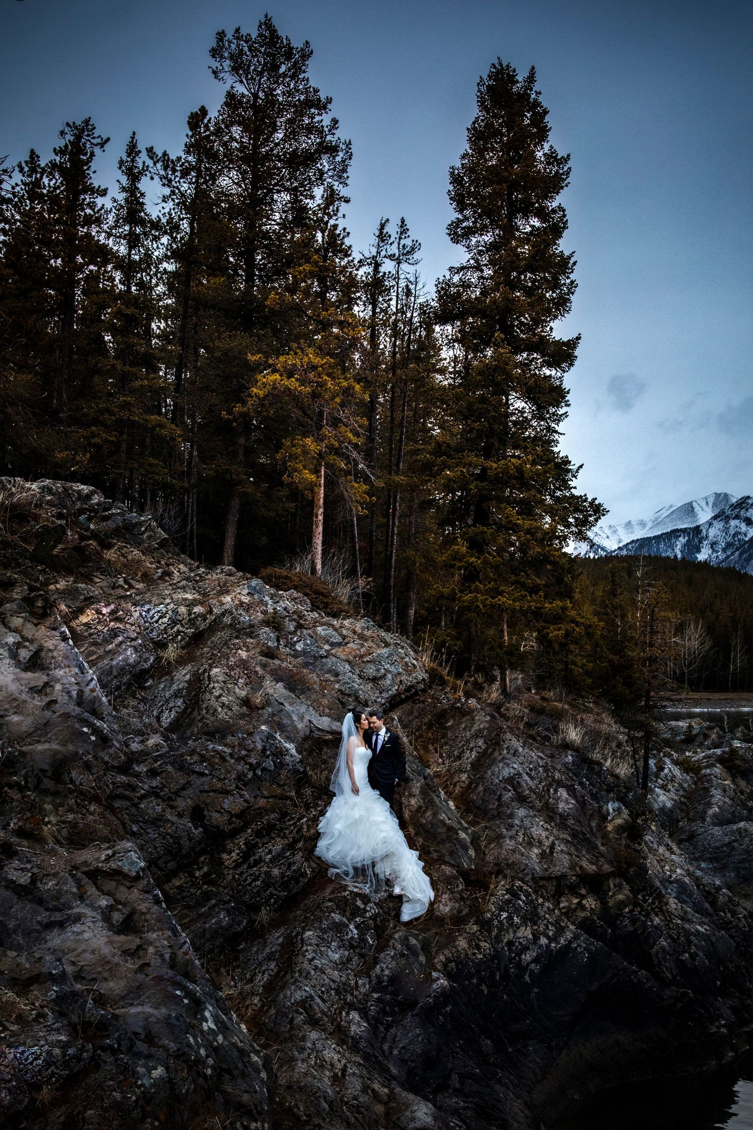 Jenna Grey Banff Wedding Photographer