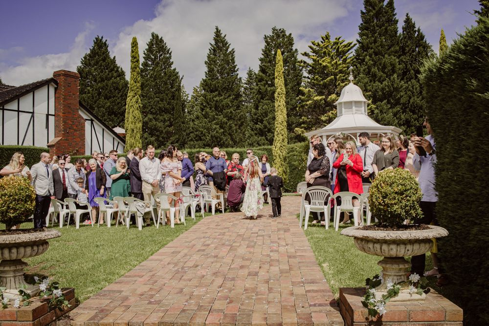 outdoor whittlesea wedding summer whitehaven receptions melbourne photographer