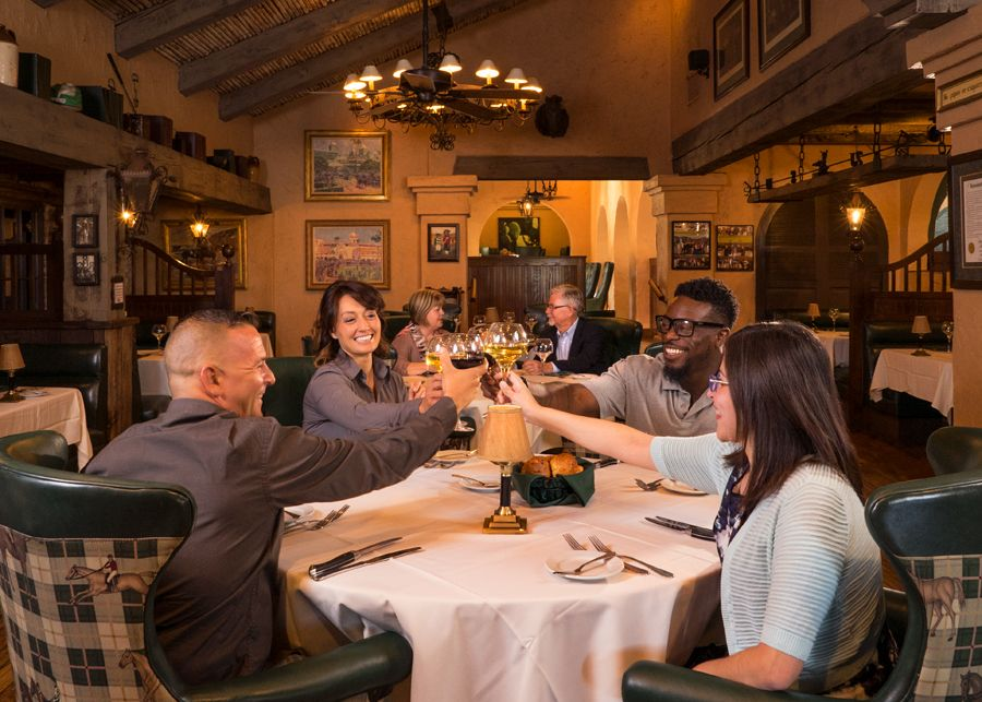 Dining, food & beverage, Harris Ranch