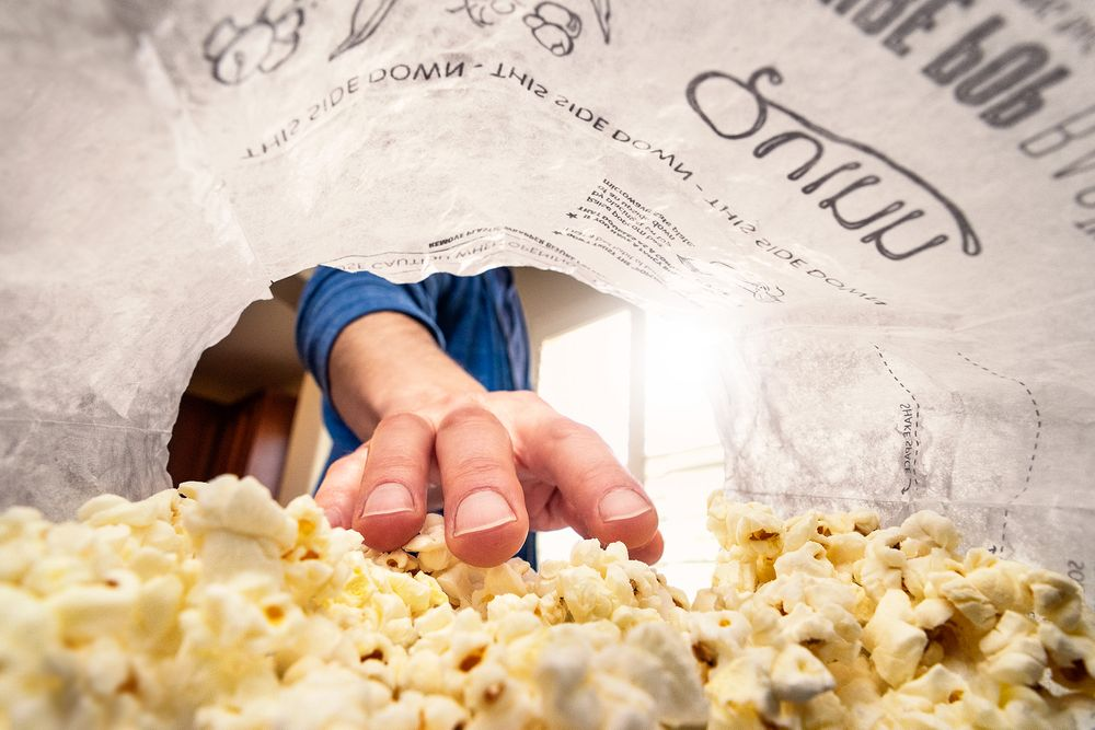 Snacking perspective, Popcorn
