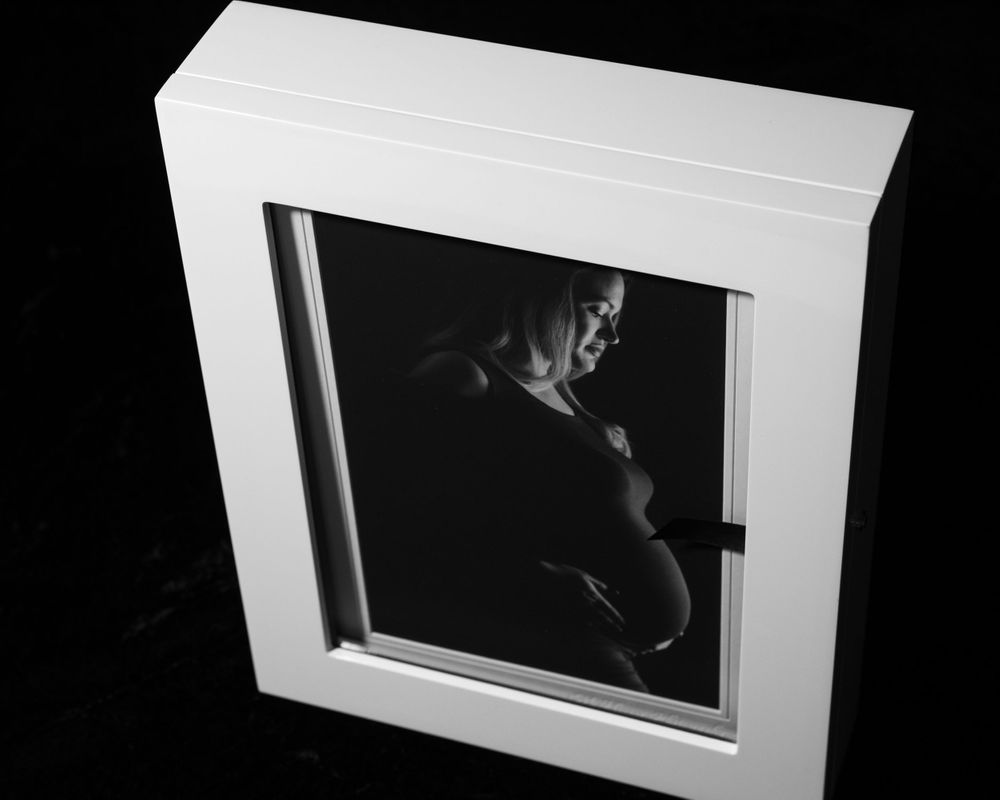 maternity image display and storage box