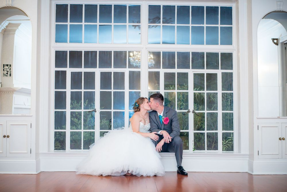 Sacramento Wedding Photographer - Verde Inn Wedding