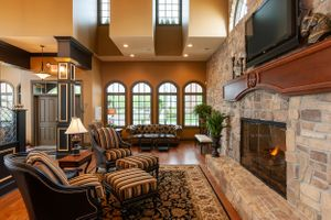 Photo of living room byCincinnati Residential Architecture photographer Beacon Hill