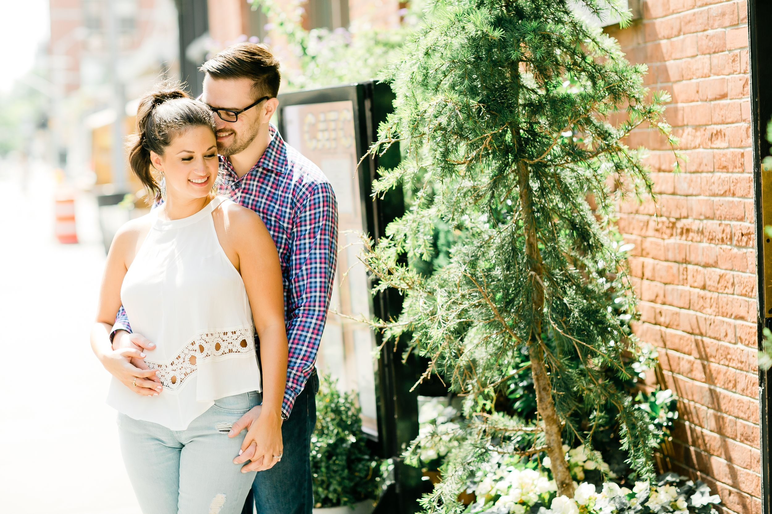 spring engagement photos in new york city