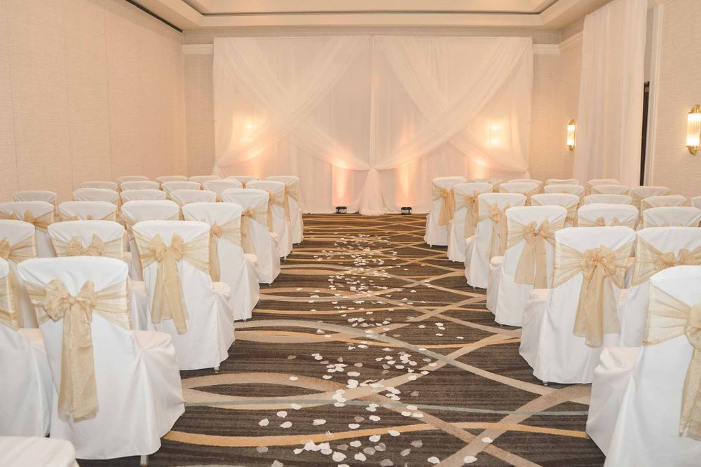 Doubletree by Hilton st Louis wedding 4