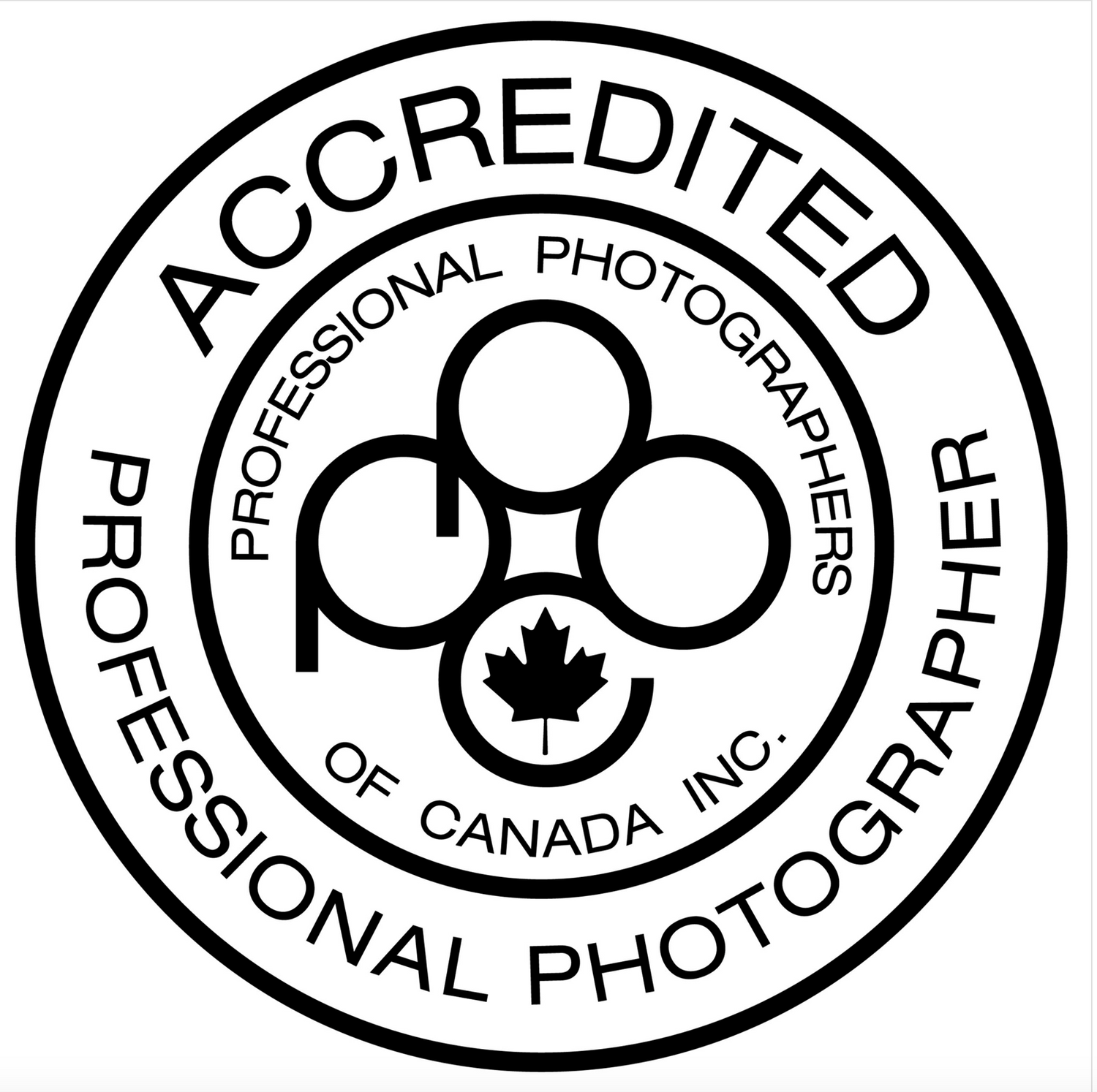 PPOC label Accredited by the Professional Photographers of Canada Seal