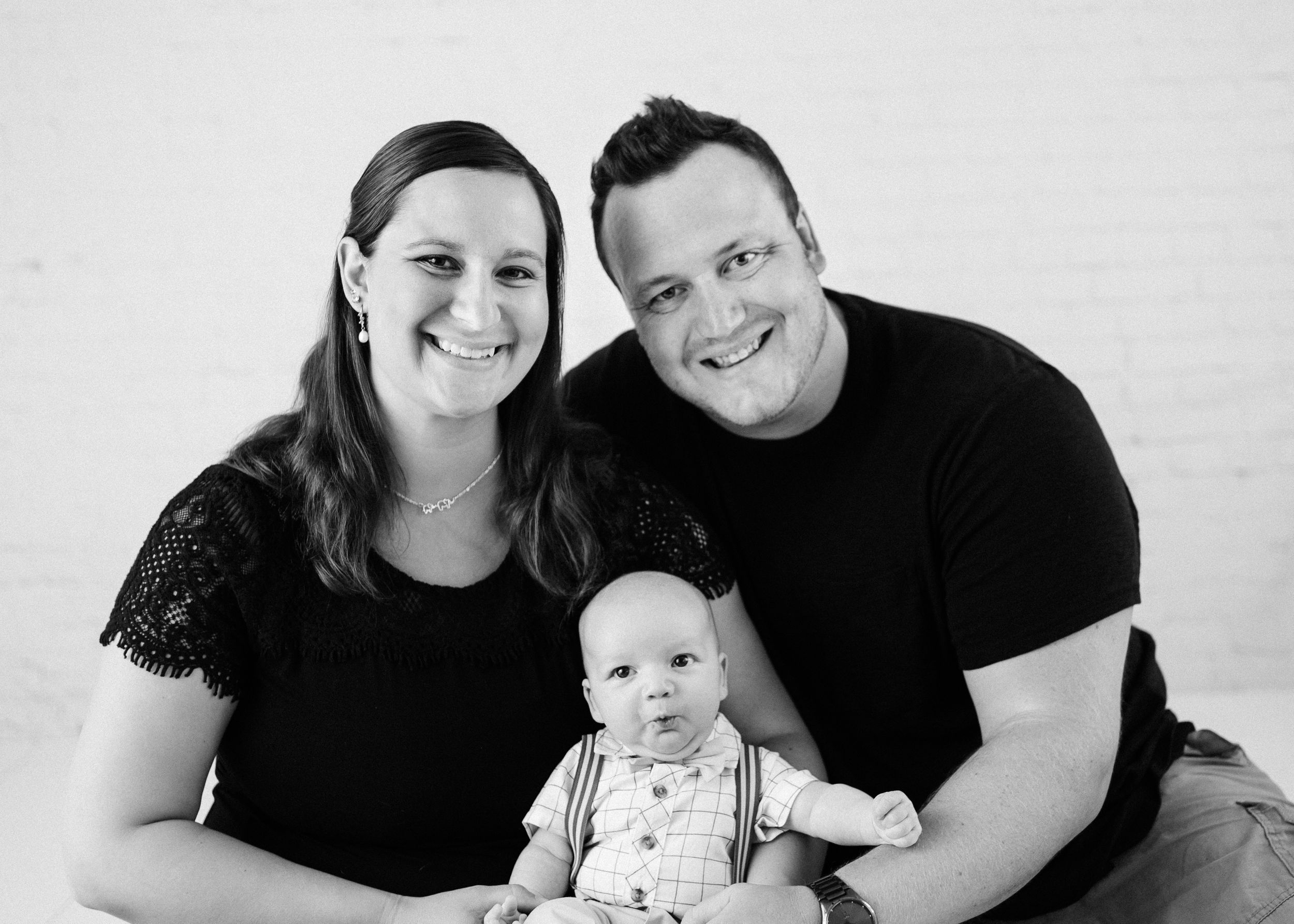 McHenry County Newborn Photographer | McHenry County Maternity Photographer | McHenry County Family Photographer