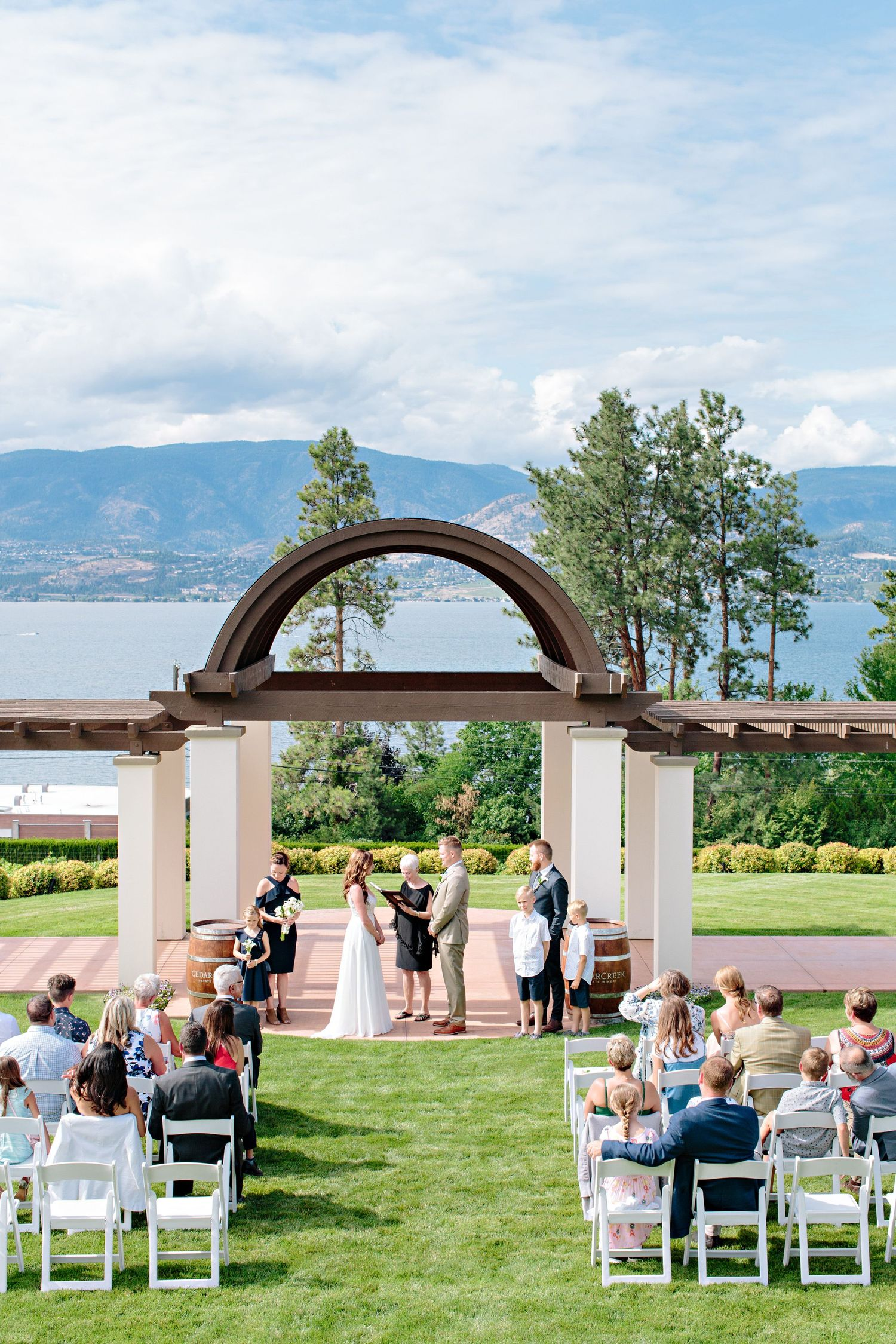 CedarCreek Winery ceremony